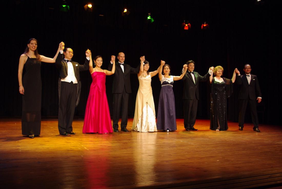 Podium Opera Contest